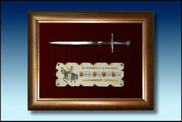 images/galeria/ESPADA-ABRECARTAS-EXCALIBUR-METAL-CON-MARCO-REGALOS-OBSEQUIOS-FESTEROS-moros-y-cristianos-4-802691.jpg